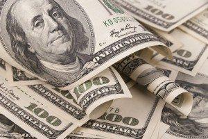 Доллар снова падает силами спекулянтов