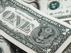 Рост доллара на межбанке продолжается