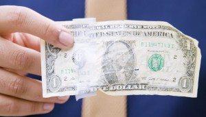 Как обменять ветхую иностранную валюту в Украине и не ошибиться