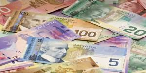 канадский доллар в украине